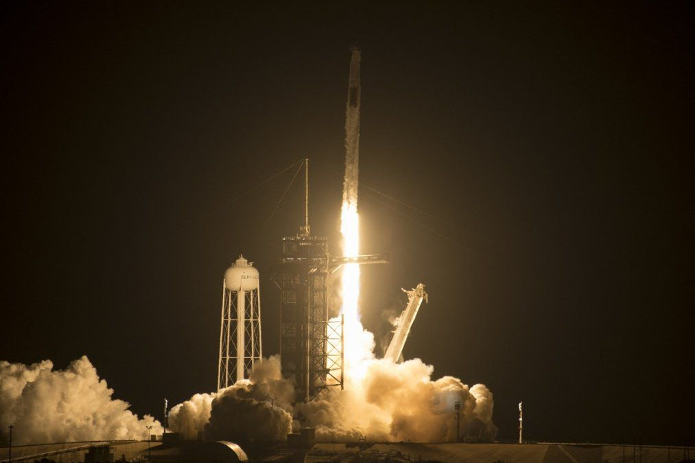 Despegó otra misión tripulada de Space X hacia la estación espacial