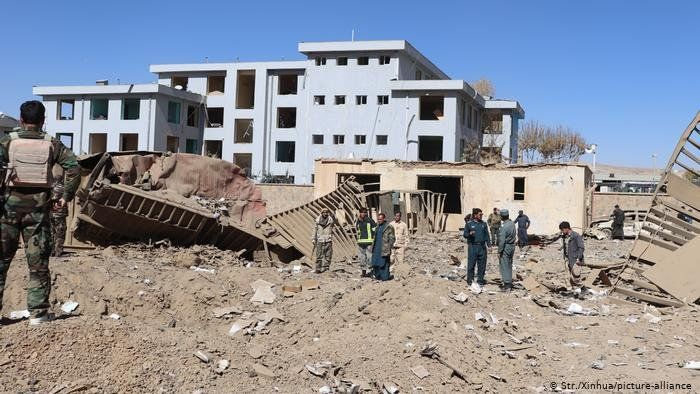 Continúan los ataque en Kabul y hay al menos 60 fallecidos