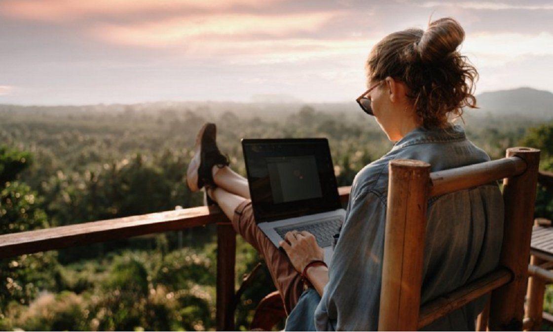 Workation: la mezcla de trabajar y el placer de viajar