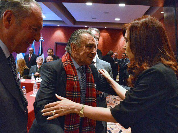 Los empresarios le pidieron a CFK que arregle el tema del dólar