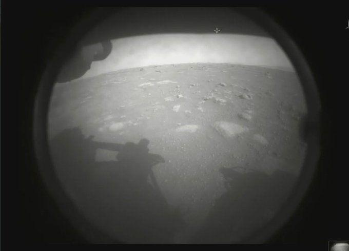 Aterrizó en Marte el Perseverance, el robot que buscará rastros de vida