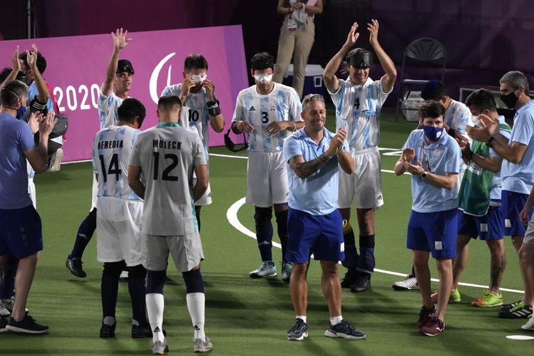 Los Murciélagos se colgaron la medalla de plata en Brasil