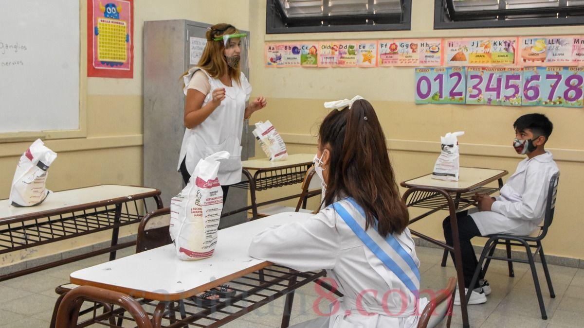 Siete escuelas de Albardón vuelven a la presencialidad cuidada