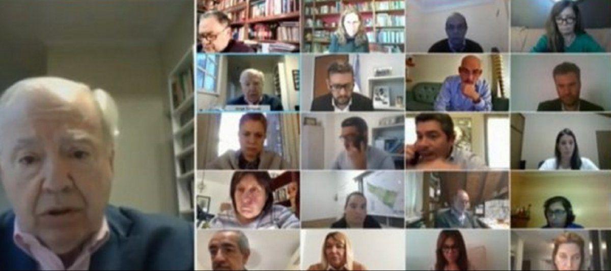 Orrego fue viral por una discusión con un asesor en plena sesión