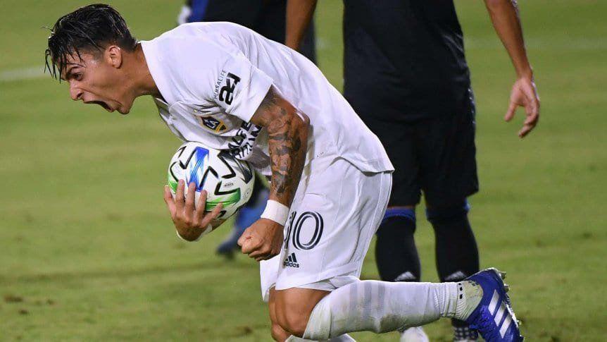 Cristian Pavón podría ser refuerzo de Boca para la Libertadores