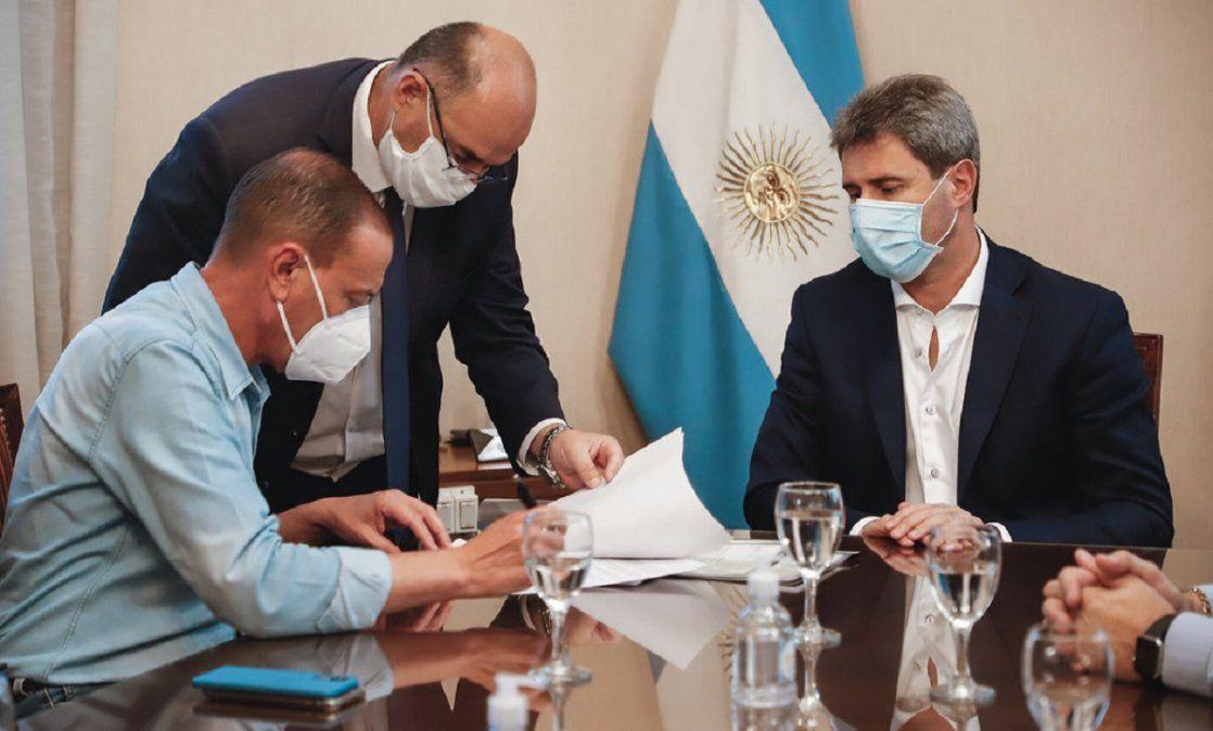 El gobernador Sergio Uñac recibió en Casa de Gobierno al titular de Vialidad Nacional.