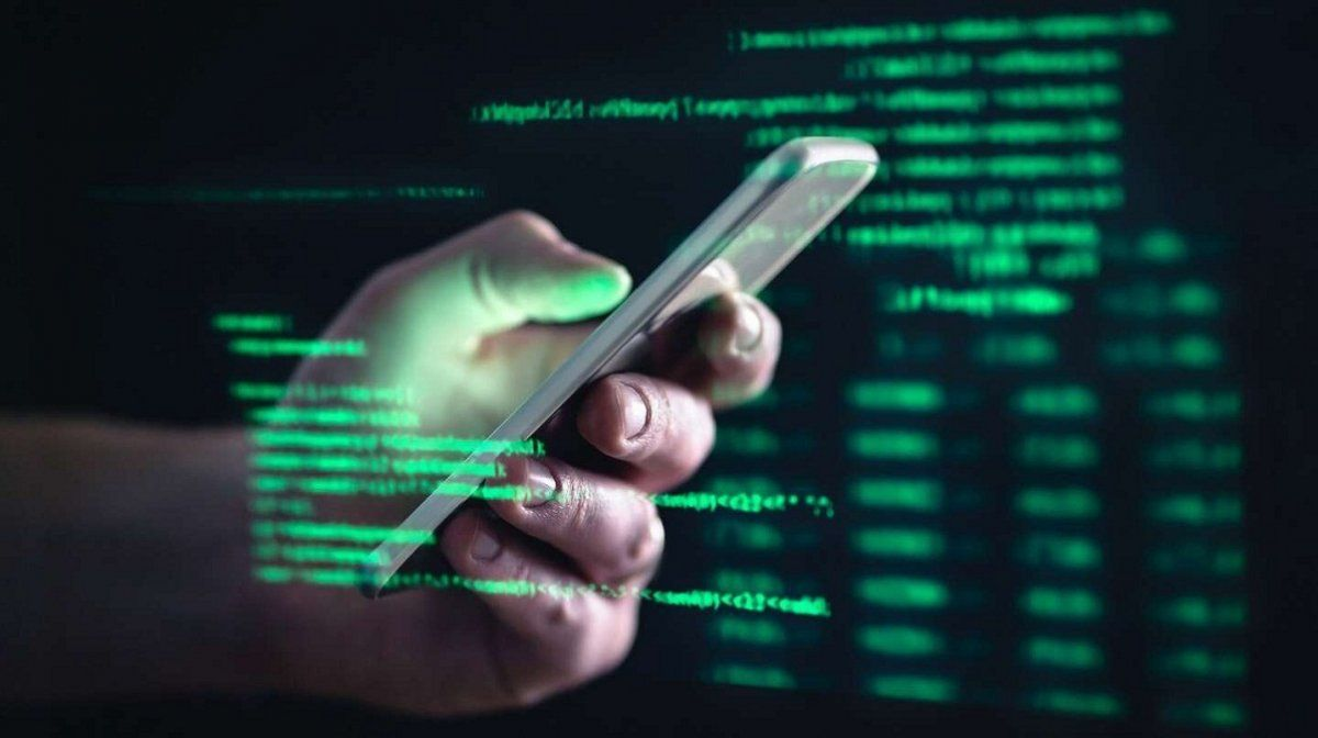 WhatsApp: alerta por un sticker que hackea teléfonos