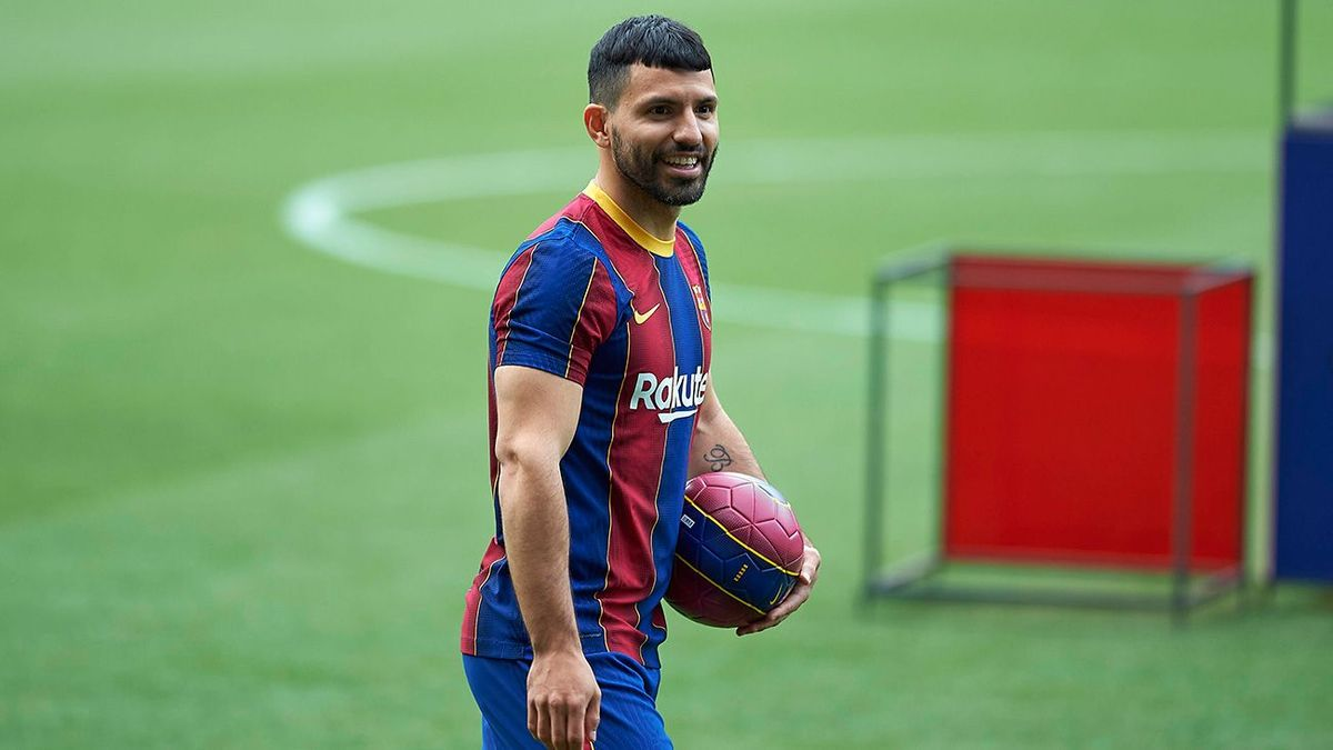 El plantel de Barcelona realiza el primer entrenamiento sin Messi en el club