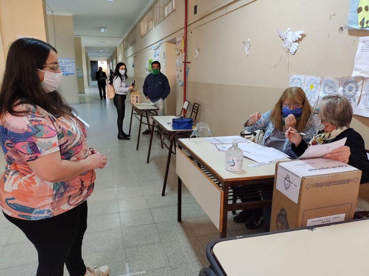 Elecciones PASO en la Escuela Antonio Torres.