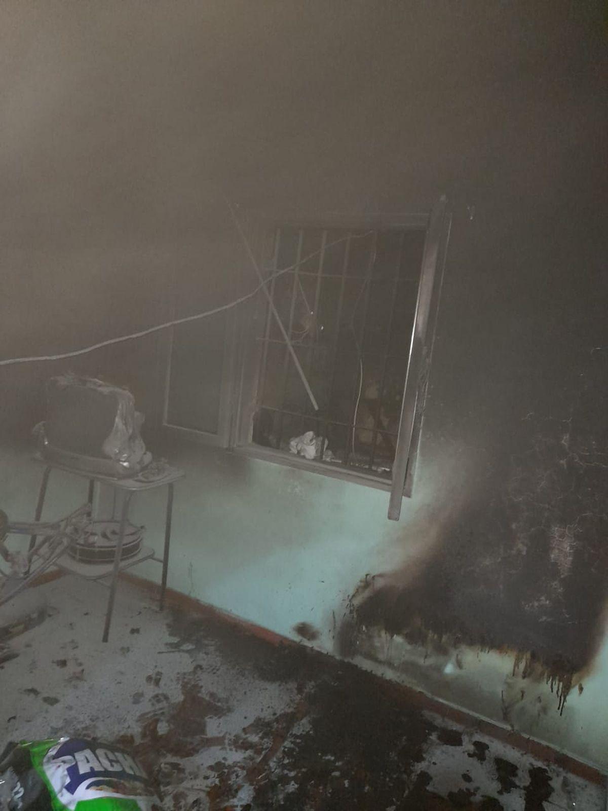 Otro cortocircuito generó un incendio en una casa de Rivadavia