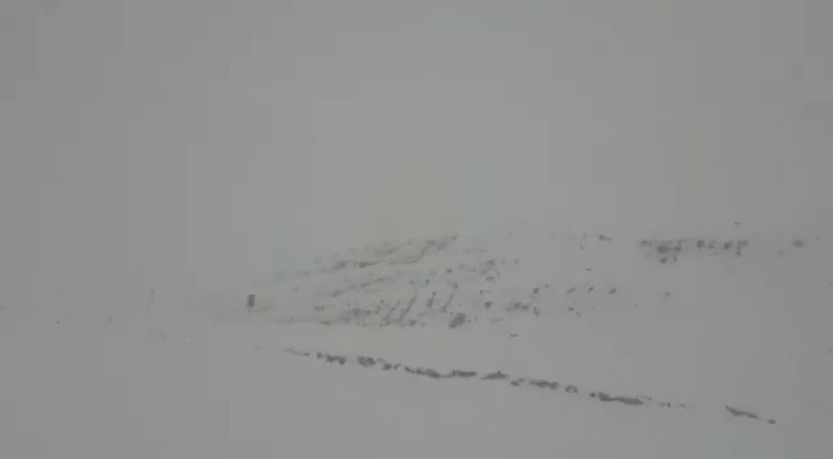 Un fuerte temporal de nieve azotó a Veladero.