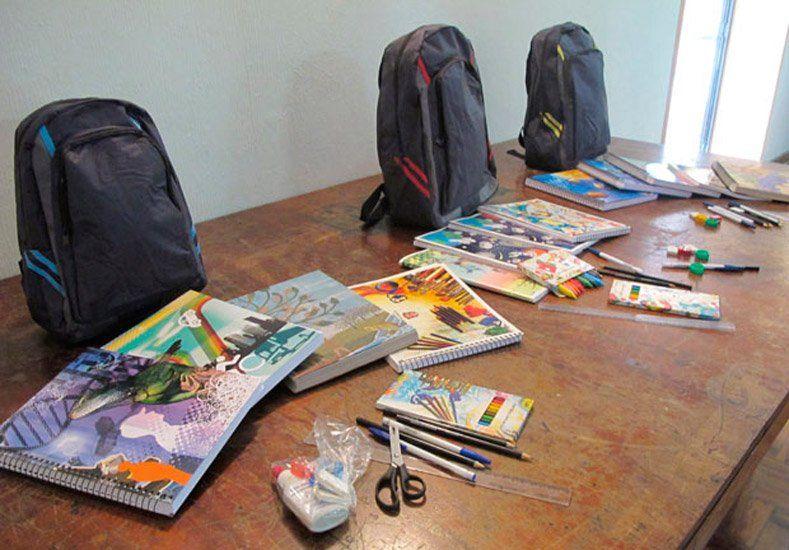 Telekino entregará útiles escolares para chicos de una escuela de Sarmiento
