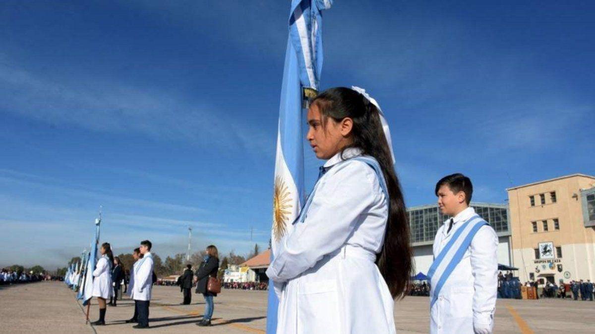 El cambio del Cuerpo de Bandera se hará en marzo y se usarán notas de años anteriores al 2020