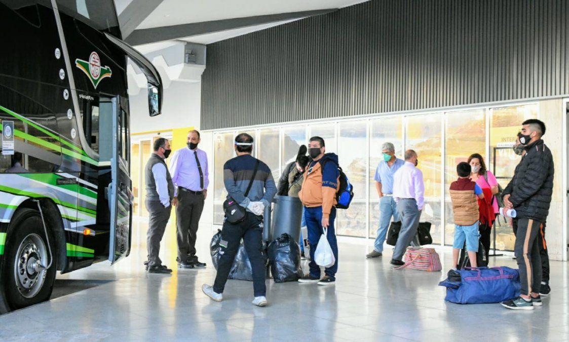 Tras 7 meses, 26 personas pudieron viajar a Mendoza en transporte de larga distancia