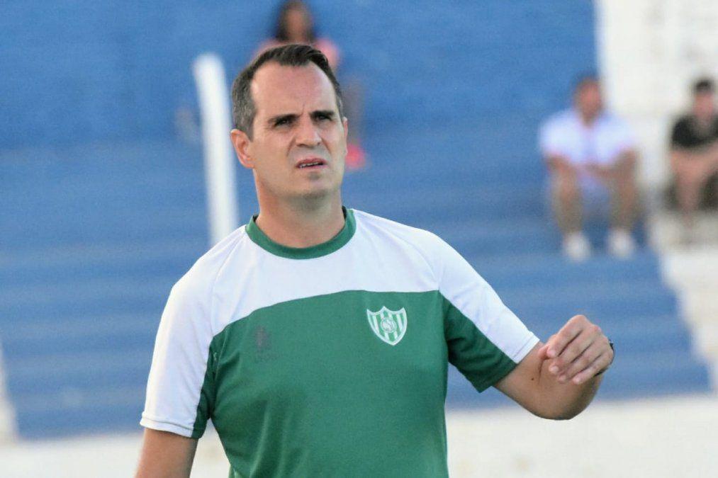 Cristian Bove dejará de ser el entrenador de Desamparados