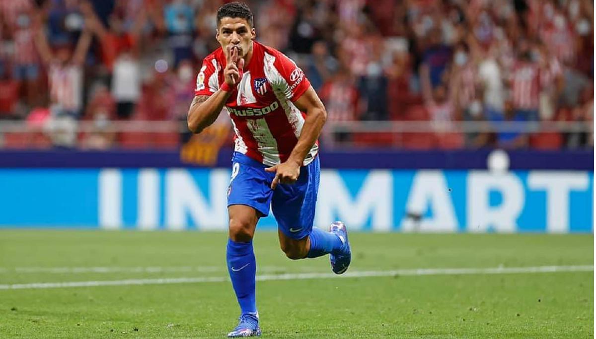 Suárez apareció en el final y le dio el triunfo al Atlético