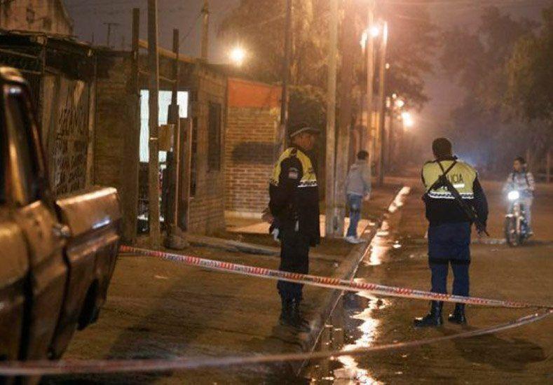Un hincha murió en medio de un violento enfrentamiento entre bandas