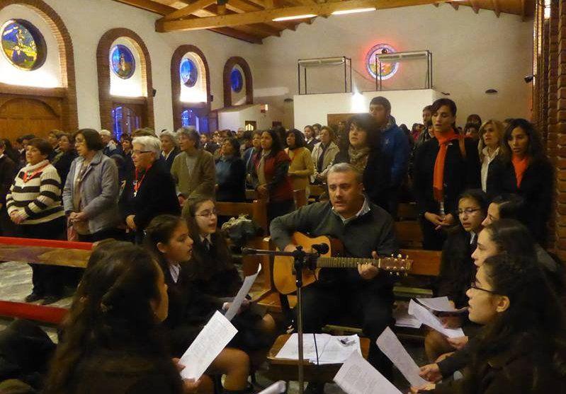 Media Agua celebra el día de San Antonio de Padua con centenares de fieles que elevan oraciones