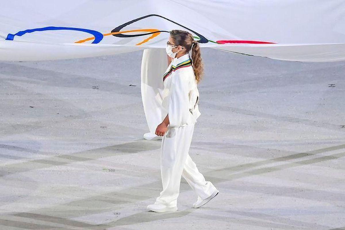 Emocionante inauguración de los JJ.OO: Paula Pareto portó la bandera olímpica