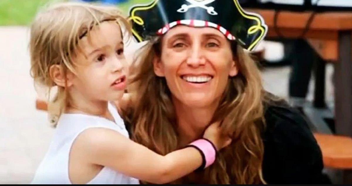 Un bombero de Miami que encontró bajo los escombros a su hija de 7 años