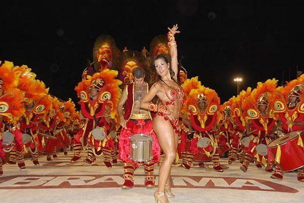 Gualeguaychú: casi 20.000 personas disfrutaron del carnaval