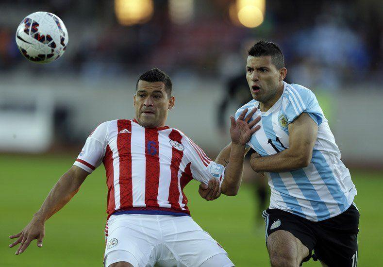 Durmió y empató: Argentina ganaba 2 a 0 y Paraguay lo igualó sobre la hora