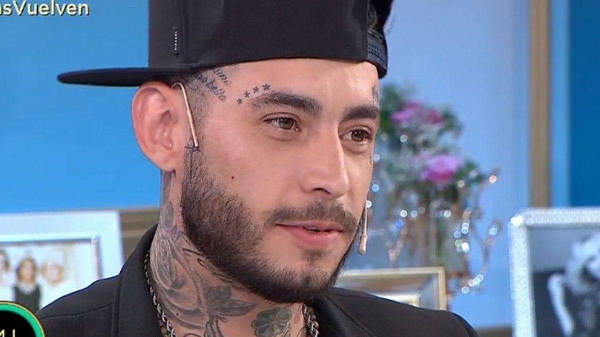 Habló la mujer que tatuó a Ulises Bueno en su parte íntima