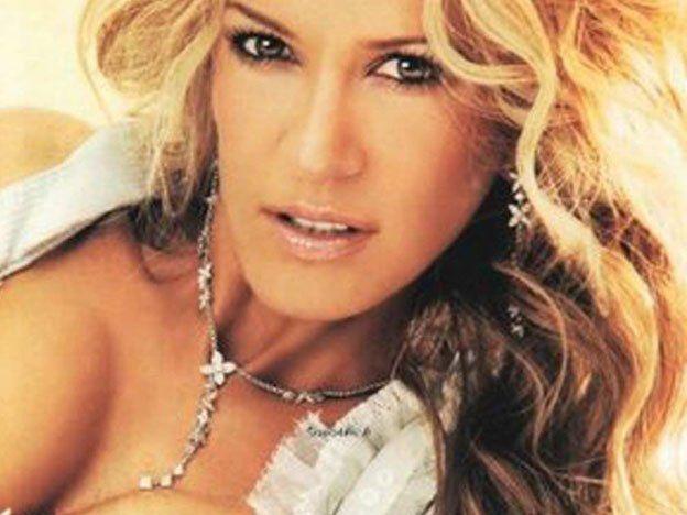 La ex novia de Ricky Martin todavía le guarda rencor