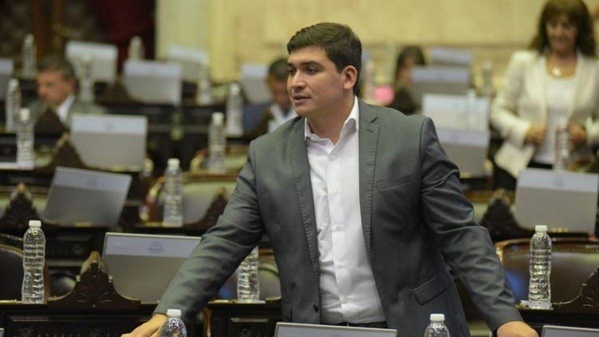 Francisco Guevara votará a favor de la legalización del aborto.
