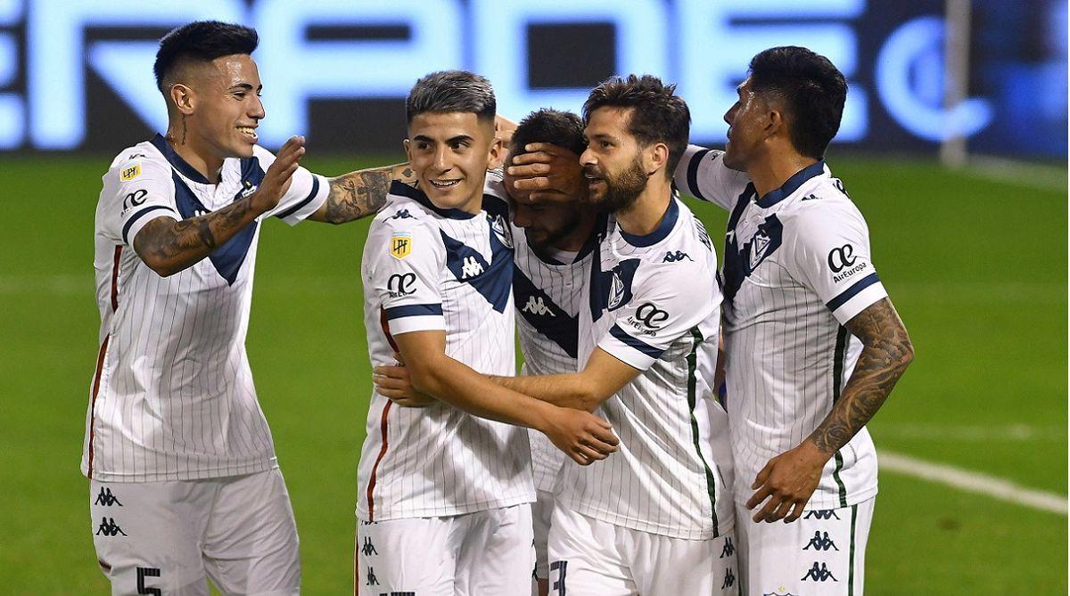 Vélez busca los tres puntos ante un flojo Aldosivi