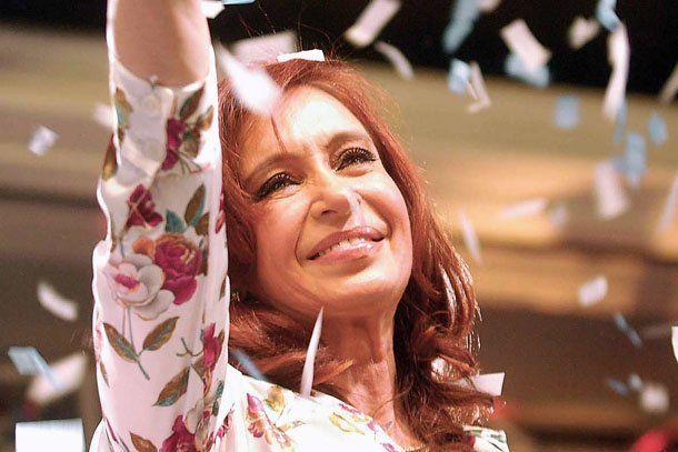 Según una encuesta, Cristina mantiene una amplia ventaja sobre sus oponentes de cara al 2011