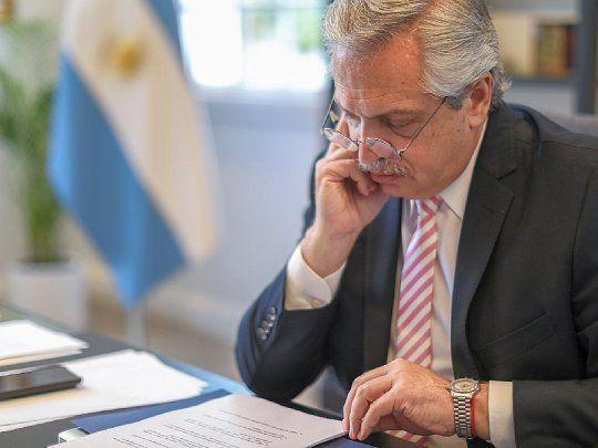 Alberto Fernández inició sus actividades desde Olivos, en aislamiento tras el positivo de Béliz