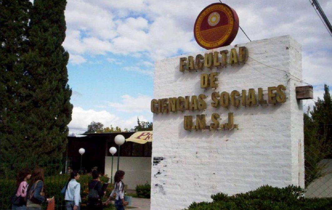 La FACSO iniciará acciones legales contra alumnos que insultaron a un profesor