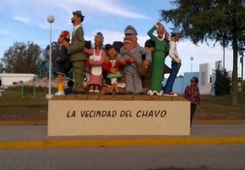 Polémica en Córdoba por la construcción de unas esculturas en homenaje al Chavo del 8