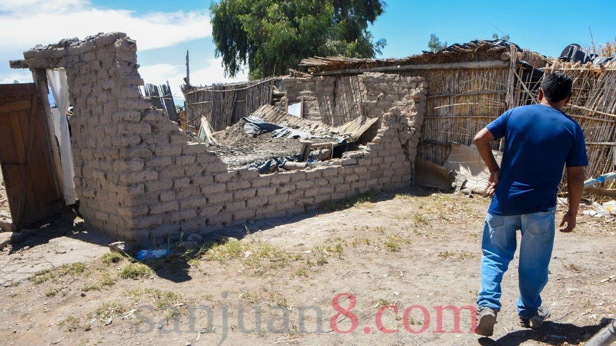 Fernández adelantará fondos a San Juan para construir 1800 viviendas.