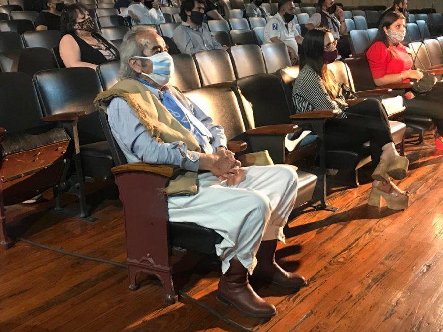 El Aparcero Mayor de Cuyo deberá realizar trabajo comunitario por zoom por festejar sus 90 años