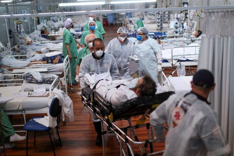 Los síntomas más frecuentes de los pacientes internados por COVID-19