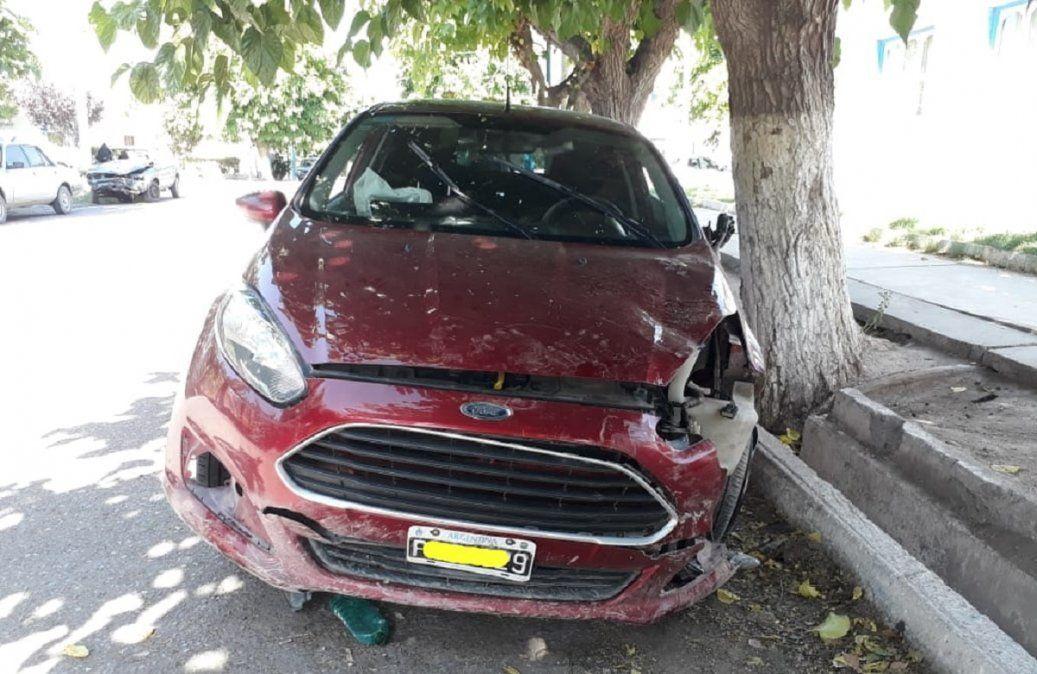 Accidente en Albardón: Por esquivar un perro