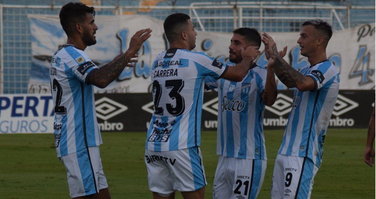 Atlético Tucumán y Banfield ganaron y se ilusionan con pasar