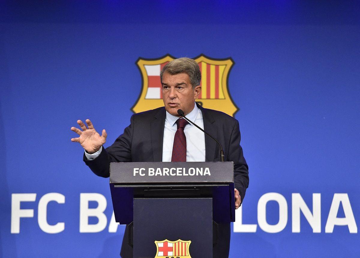 Laporta dijo que tenían que hipotecar el club si Messi se quedaba