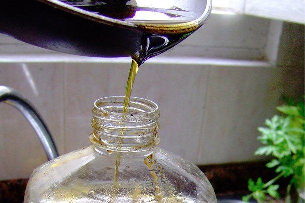 Ojo: el uso de aceite recalentado puede causar gastritis y cáncer