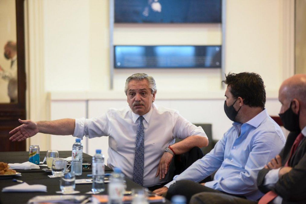 Alberto Fernández convocó sorpresivamente a su gabinete
