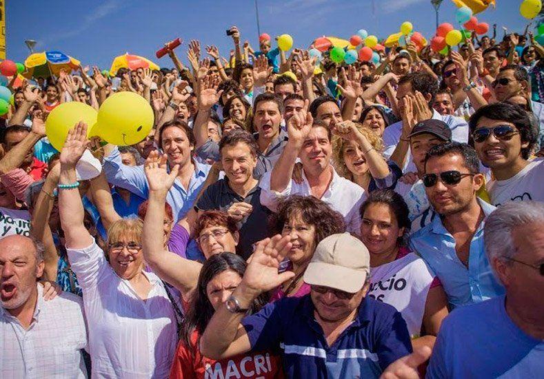 Macri llega a San Juan a participar de una cena con 1000 comensales que apoyan al PRO