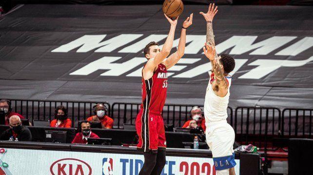 Miami Heat obtiene primer triunfo en la temporada de la NBA de básquetbol