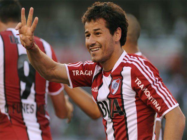 Mora está habilitado y podrá estar ante San Lorenzo en la Sudamericana