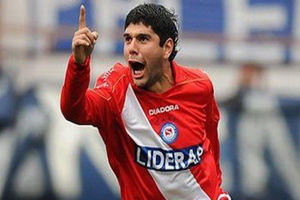 Ortigoza firmó con San Lorenzo por 2,5 millones de dólares