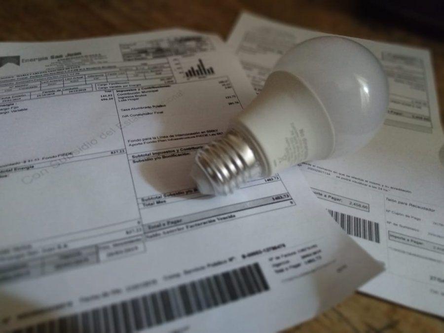 Solicitarán la suspensión del aumento del 15% en la boleta de la energía eléctrica
