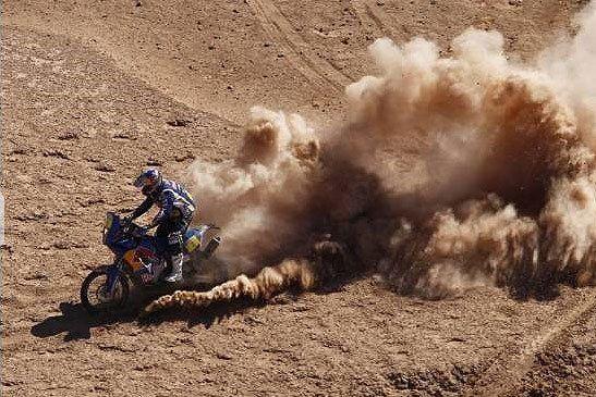 Ruben Faria fue el mejor en la lucha de portugueses y se quedó con la sexta etapa de motos del Dakar