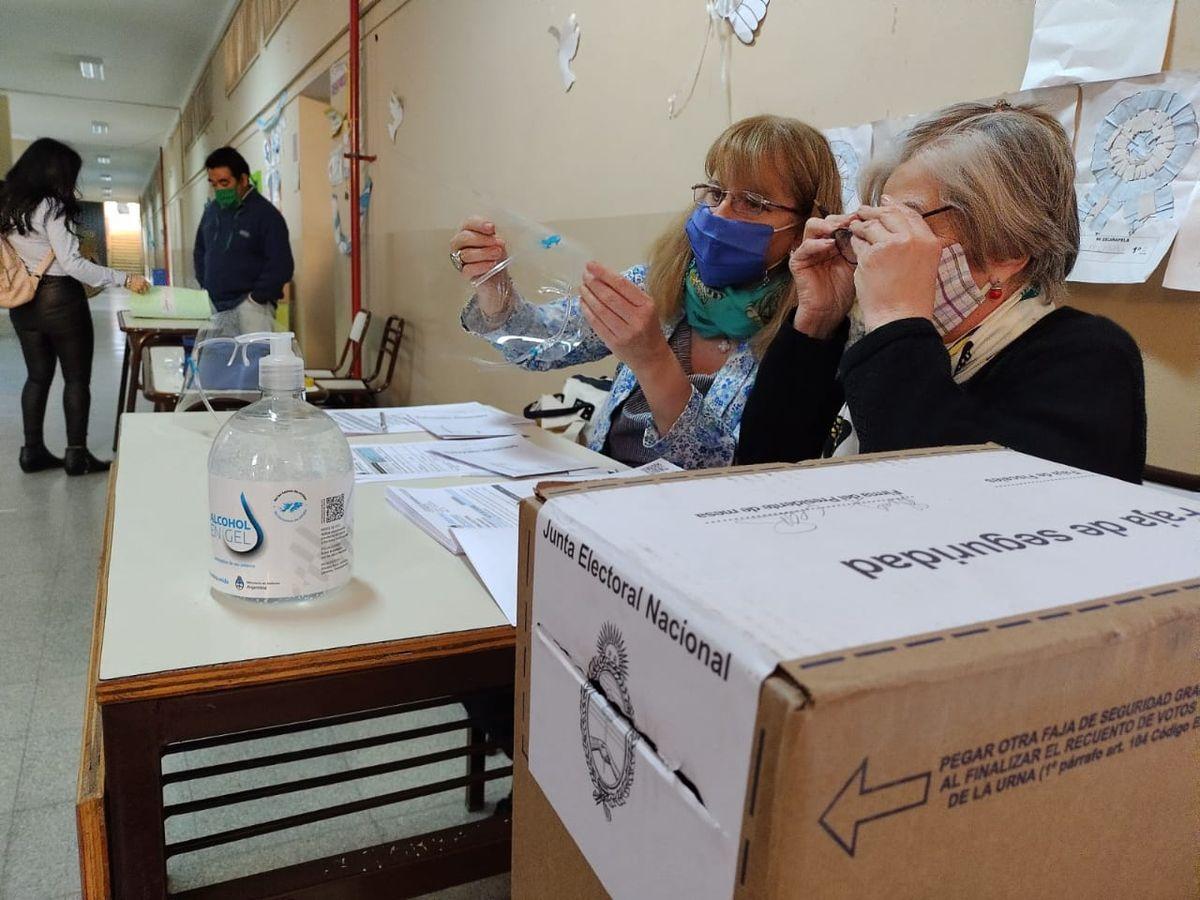 Despistados donde no les toca votar y recientes fallecidos en el padrón, lo más común