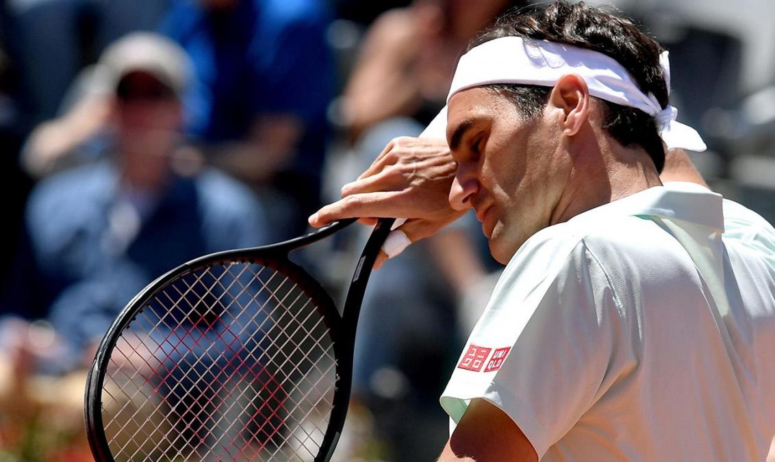 Federer fue operado de la rodilla y volverá a las canchas en la gira de césped